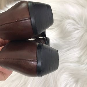 Vintage Shoes - VINTAGE Western Style Leather Booties